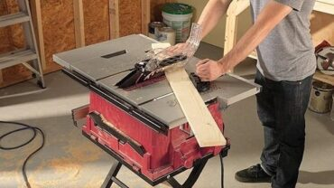 Contractor table saws