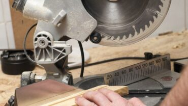 Different Types of Table Saw and Their Uses
