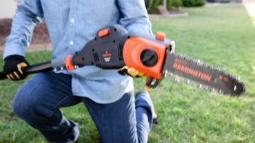 Top 10 Best Electric Pole Saw 2020 - Expert Review & Guide